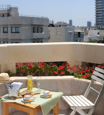 Dizengoff Suites Photo