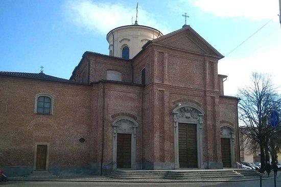 Abbiategrasso, Italy: Facciata