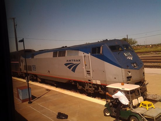 Pauls Valley, OK: 1 and 1/2 blocks from AMTRAK's HEARTLAND FLYER