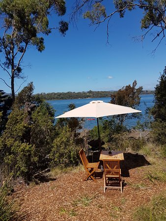 Clarence Point, Australia: Out outdoor dining area and water view.