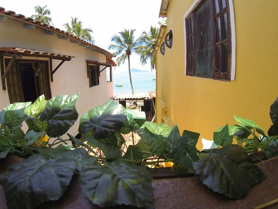 Palmas Roots Hostel & Suites Ilha Grande