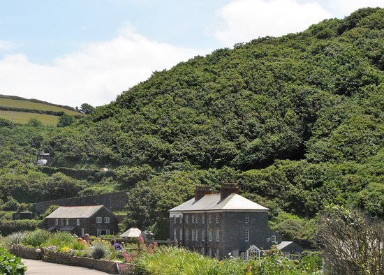 Boscastle, UK: More of the river valley