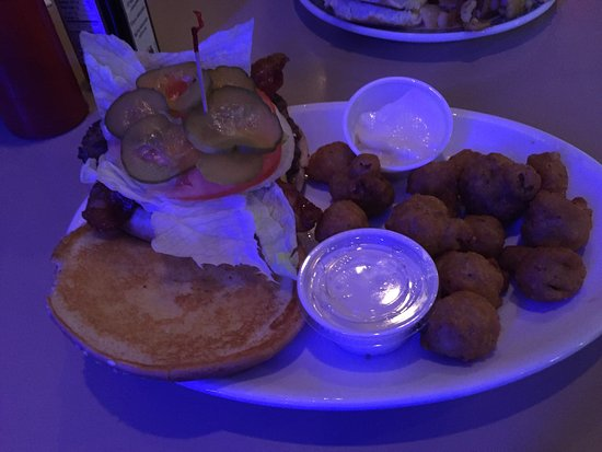 Newark, OH: Bacon Cheeseburger