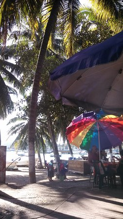 cafe marina : sidewalk view of fishermens market and playa central