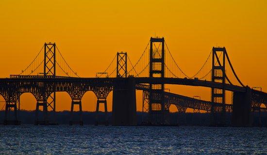 Stevensville, Мэриленд: Bay Bridge from Terrapin Park at sunset
