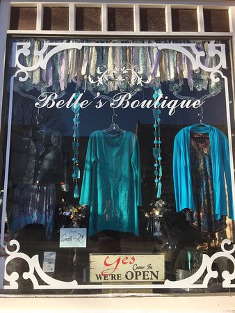 Sweet little Boutique in Lacombe , Alberta . Situated in historic downtown in amongst the beauti