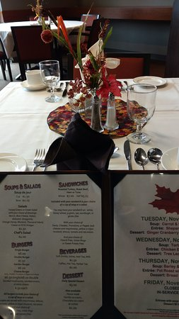 Everett, WA: Fall table setting