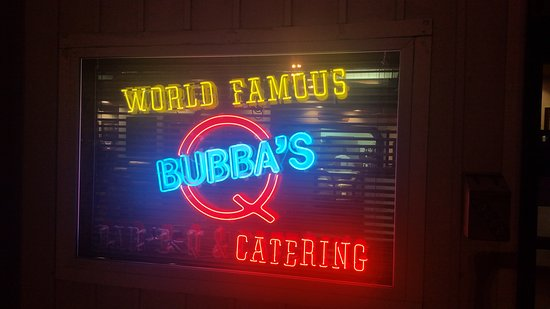 Avon, OH : A night out at Bubba's