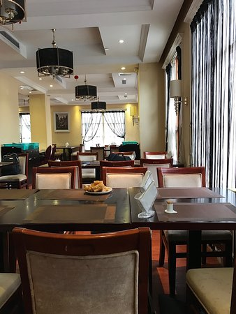 Quanzhou, China: Pictures of room, lobby and dining room