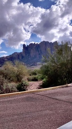 Lost Dutchman State Park: Mysterious and majestic in appearance!