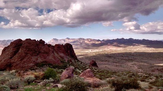 Lost Dutchman State Park: Right out of a movie!