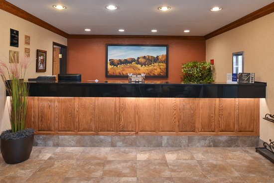 Pinedale, WY : Front Desk