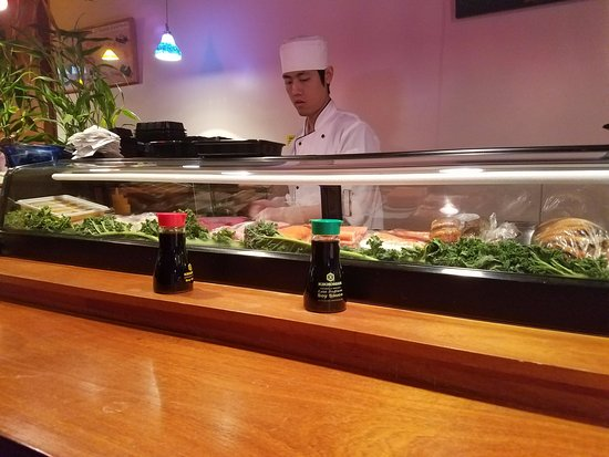 West Hempstead, NY: Sushi bar