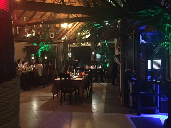 Pelican Point Restaurant & Bar: photo1.jpg