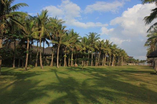 Sun Spa Resort Quang Binh Vietnam: Nice beach