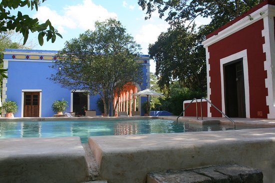 Hacienda Santa Rosa, A Luxury Collection Hotel: Pool and patio outside room 1