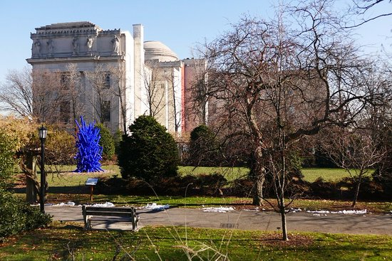 Near The Entrance Picture Of Brooklyn Botanic Garden Brooklyn Tripadvisor