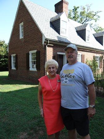 Fredericksburg, VA: thank you to our tour lady, what a sweet heart!!!