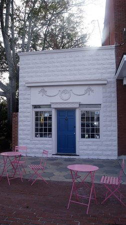 Jesup, GA: For the Love of Yogurt, A Creamery and More