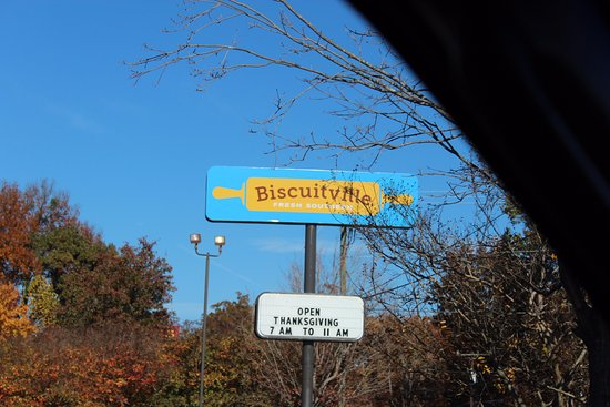 Mebane, Carolina do Norte: front marquee