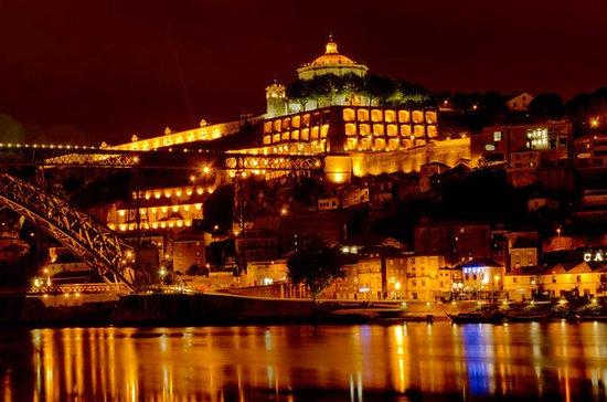 Visite nocturne de Porto avec dîner...