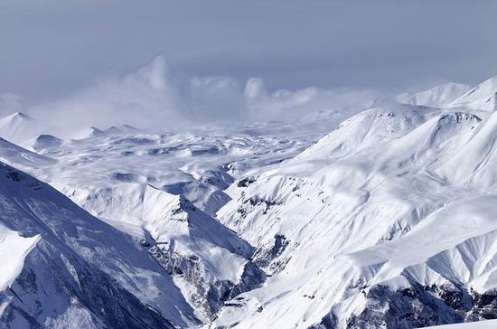 Full-Day Snowshoeing Tour to Kazbegi...