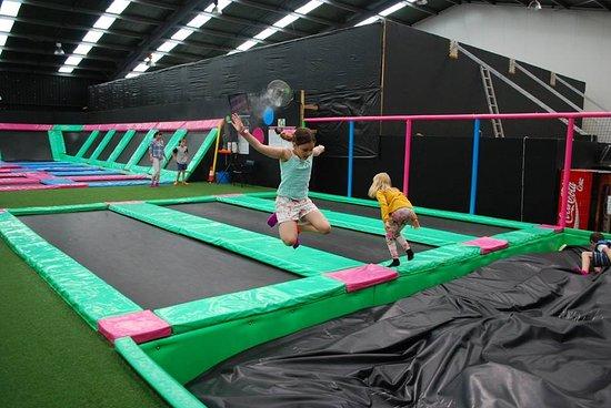 Launceston, Australia: Foam pit play