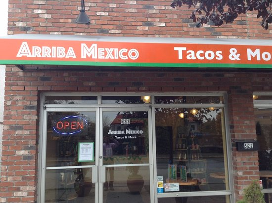 Esquimalt, Canadá: Welcome to Arriba Mexico Tacos & More