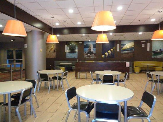 Avi Hotel And Casino Restaurants