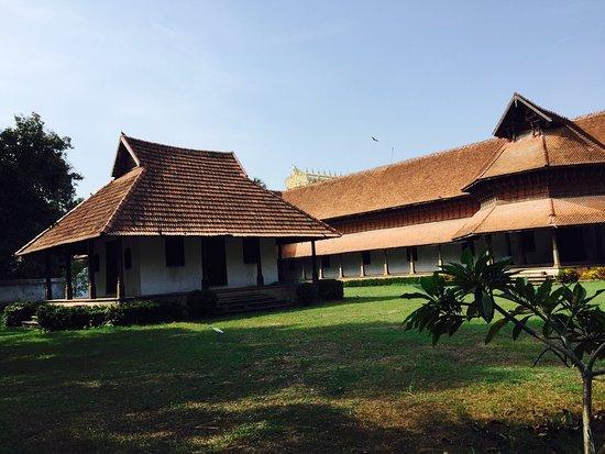 Puthenmalika (Kuthiramalika) Palace: photo1.jpg