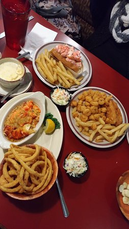 Lobster Boat Restaurant: P_20170112_120133_vHDR_Auto_large.jpg