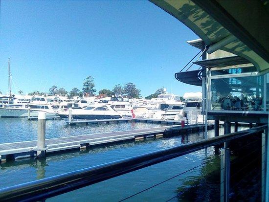 Hope Island, Avustralya: View from restaurant