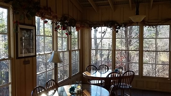 Dining at Historic Banning Mills Lodge - Picture of Dining at ... on