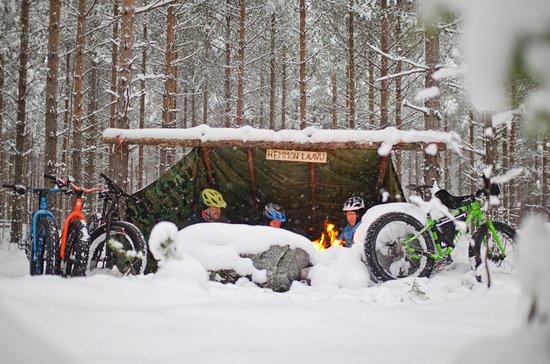 Jarvenpaa, Finnland: Fatbike & Campfire