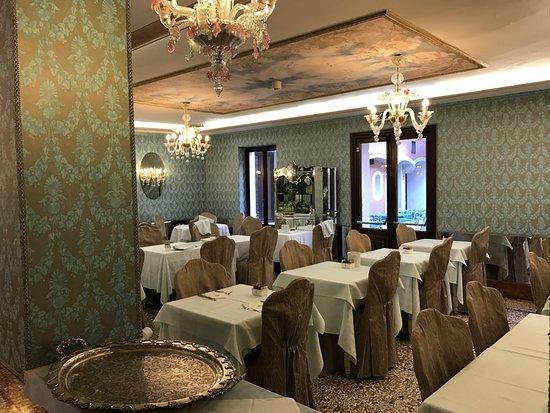 Giorgione Hotel: frühstücksraum