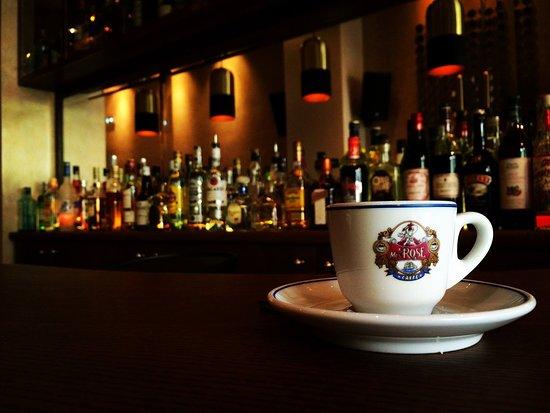 Mingus Cava Bar