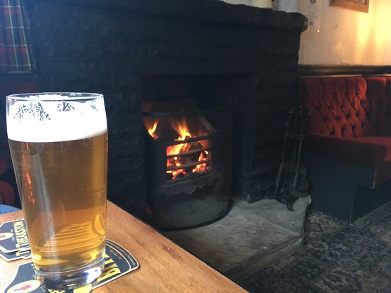 Patterdale, UK: Just what we needed after a cold January walk in the fells