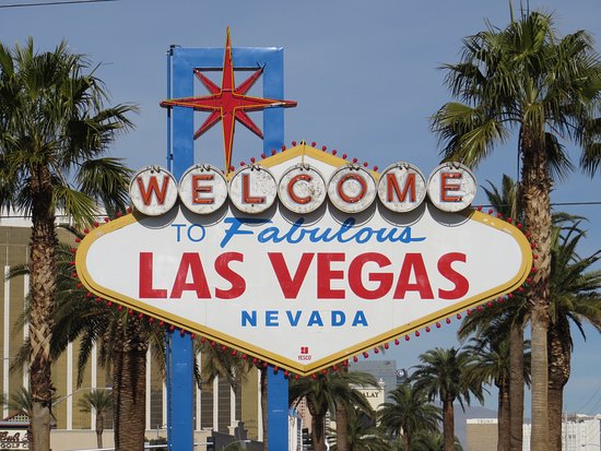 las vegas 39 iconic sign picture of welcome to fabulous las vegas sign las vegas tripadvisor. Black Bedroom Furniture Sets. Home Design Ideas