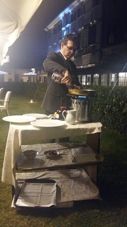 Mogliano Veneto, Italy: Crepe Suzette - work in progress