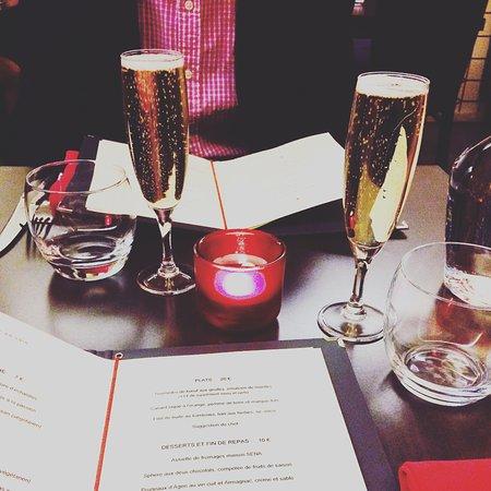 Le carr rouge toulouse dalbade restaurant avis num ro de t l phone photos tripadvisor - Le carre rouge toulouse ...