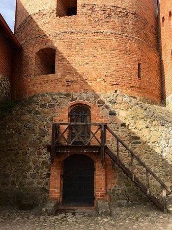 Trakai, Litwa: Old Brick Castle, so old and so beautiful