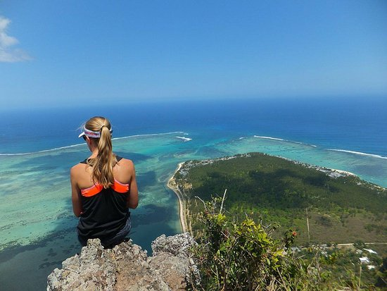 on top of the mountain picture of le morne brabant le morne tripadvisor. Black Bedroom Furniture Sets. Home Design Ideas