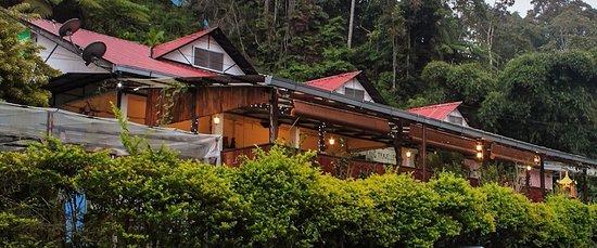 Kang Travellers Lodge (Daniel's Lodge)