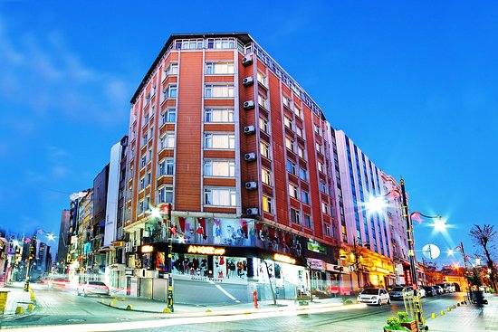 Hotel sahinler 39 very good 39 2018 prices reviews for Cheap hotel in laleli istanbul