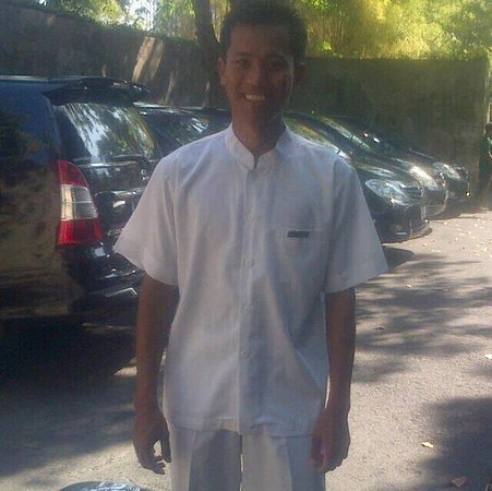 My name is Komang Surya I am the owner of Candidasa Tour Company, I was born in Candidasa on Dec