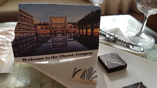 The Oberoi, Gurgaon: Welcome chocolates in our room along with a nice bottle of red wine.