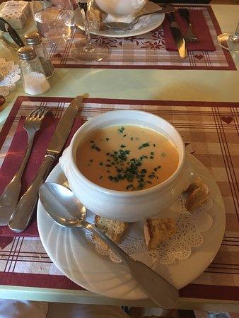 Ла-Саль-лез-Альп, Франция: soupe de potiron (plat du jour)
