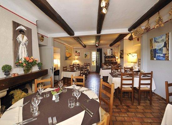 Monteux, Francia: Restaurant