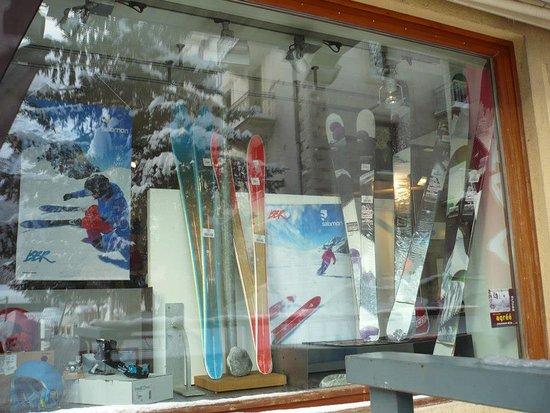 Argentière, Francia: La vitrine du magasin