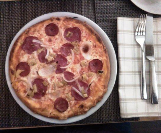 Wetzlar, Alemania: Die leckere Pizza